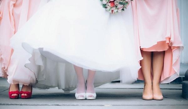 ハワイ結婚式☆お呼ばれゲストが選びたい5つの服装