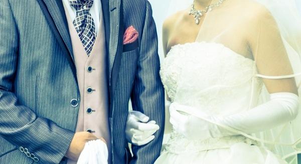 結婚式の手紙☆新郎から両親へ贈る感動のメッセージ
