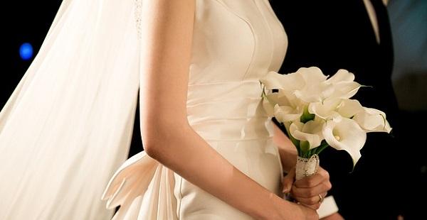結婚式のご祝儀☆立場で変わる金額相場を徹底解説!