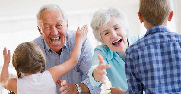 敬老の日は家族でお祝い☆特別な年齢とスペシャルプラン