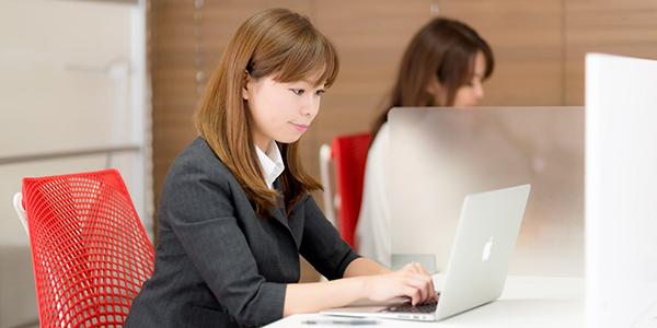 ビジネスメールの用語集☆仕事相手に活用したいフレーズ