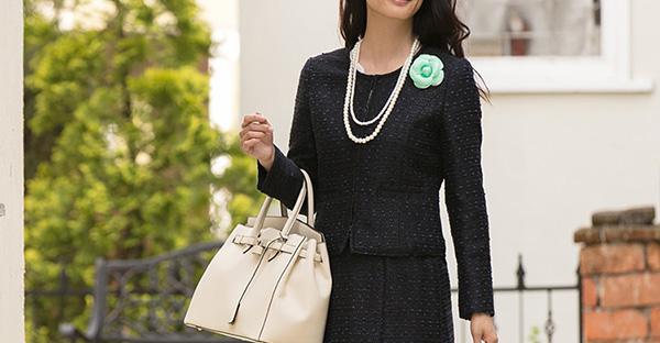 セレモニースーツを新調!40代女性の魅力が引き立つコツ