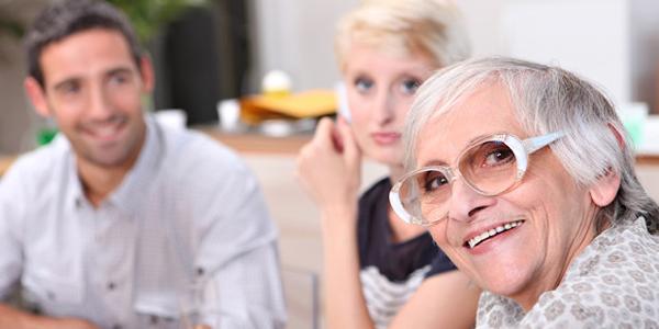 親と縁を切るのは酷いこと?夫婦でもめた時に役立つ体験談