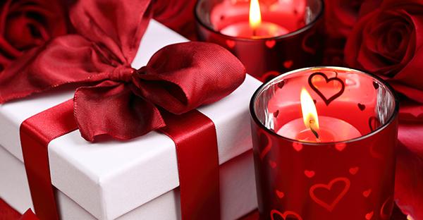 プレゼントを彼女に贈る☆気持ちが伝わる、人気アイテム