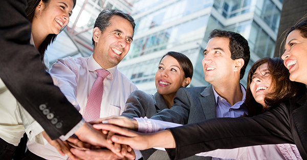 親しき仲にも礼儀あり☆ビジネスチーム、絶妙の距離感とは
