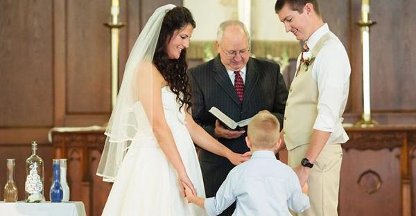 再婚でも結婚式を挙げたい☆みんなに祝福される配慮とは