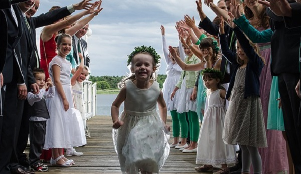 結婚式の服装☆親族が選ぶ際に気を付けたい5つのポイント