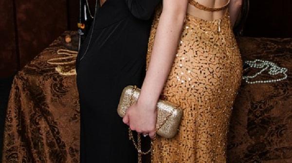 結婚式のバック選び☆大人女子が持ちたい色や形のポイント