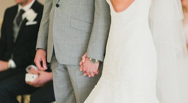 お車代の相場☆結婚式に快く参列してもらう5つの秘訣