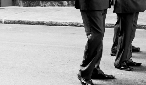 初めての紳士礼服選び☆スーツとは違う5つのポイント