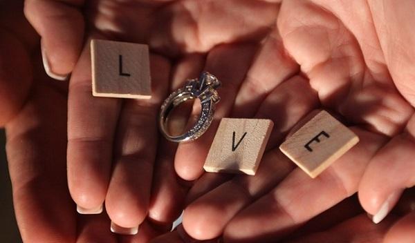 結婚式で伝える感謝の気持ち!両親への手紙5つの演出法